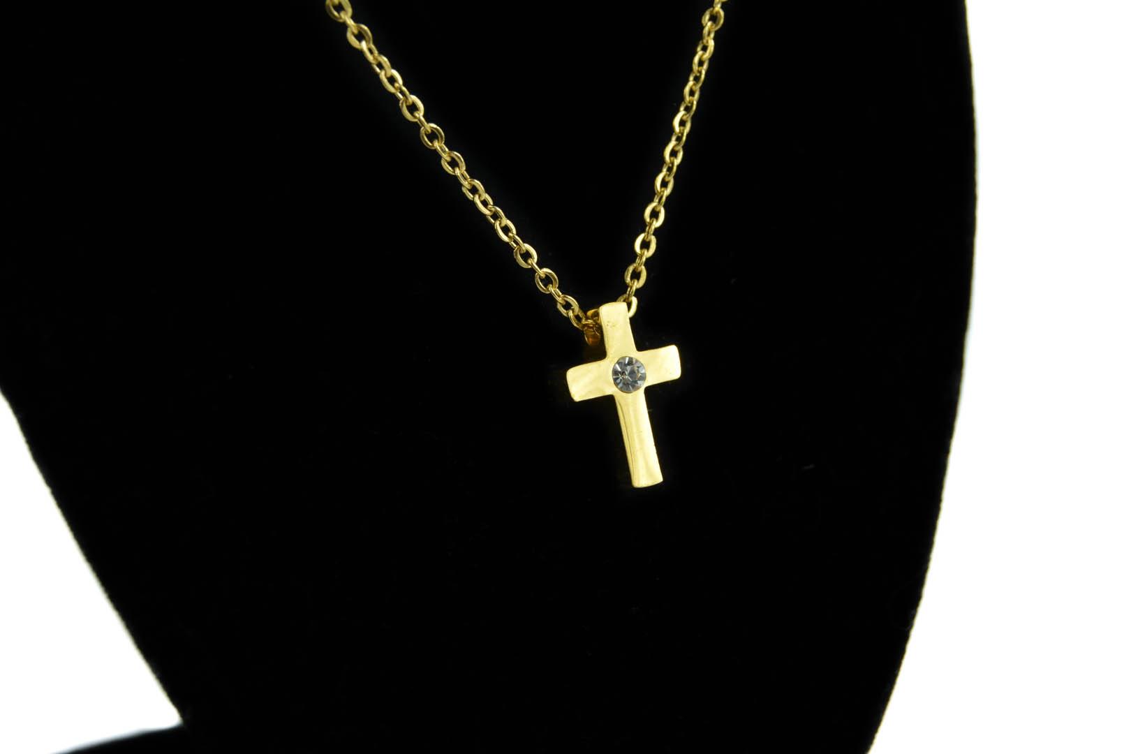 f6c8eacfe Zlatý náhrdelník s krížikom - chirurgická oceľ - www.goldencykas.sk