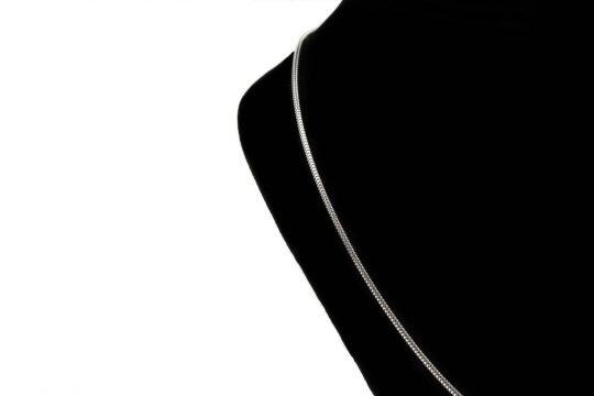 Náhrdelník v tvare kvapky - pravé striebro