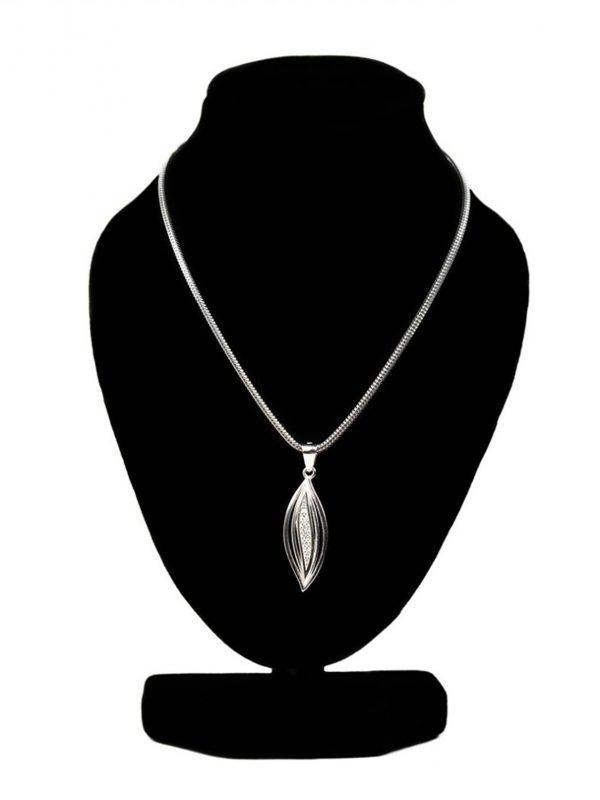 strieborné náhrdelníky dámske