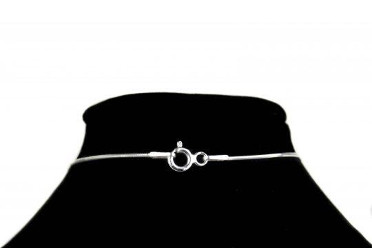 Náhrdelník s písmenom G - pravé striebro