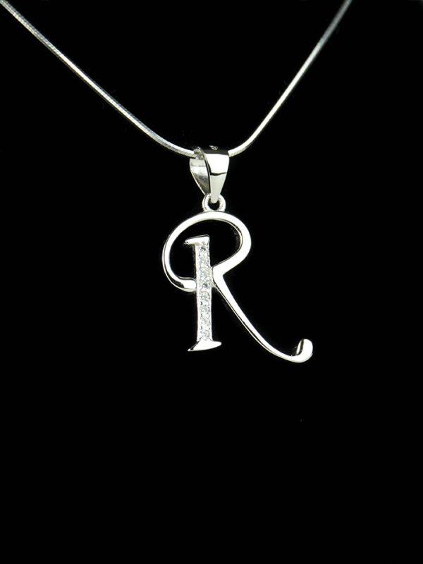 Náhrdelník s písmenom R - pravé striebro