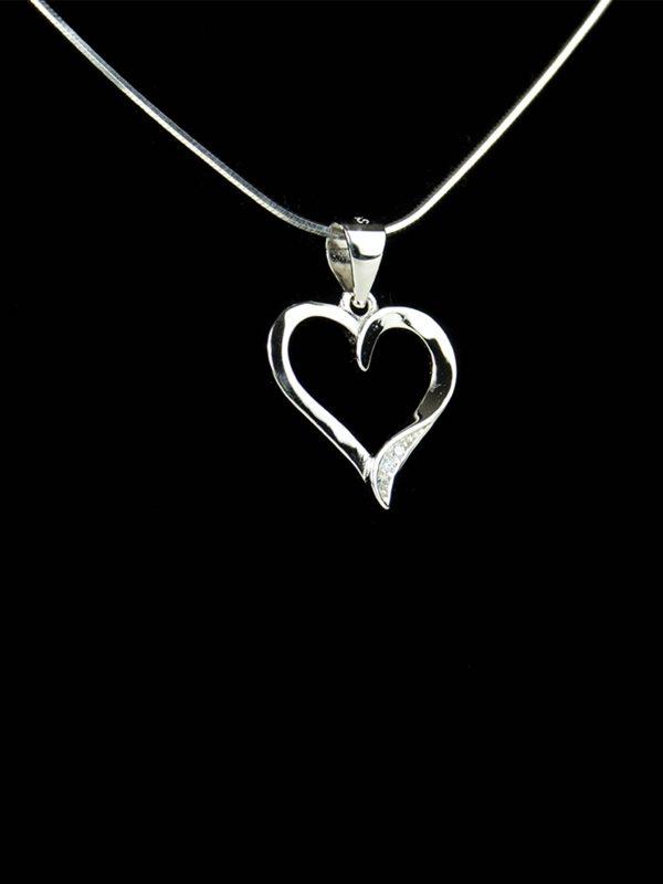 náhrdelník malé srdiečko